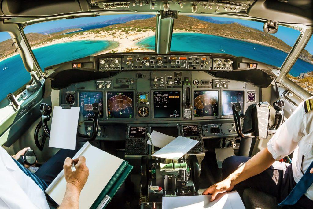 speur-aviation-cockpit-on-tropical-beach