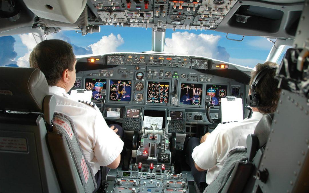 speur-viation-pilots-in-the-cockpit